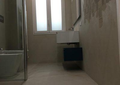 bagno in resina spatolato