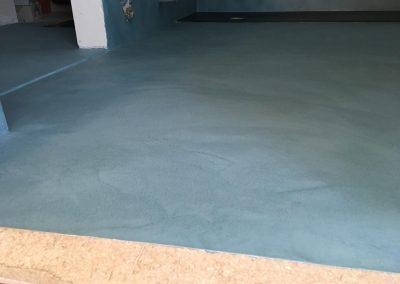 bordo pavimento bagno resina-spatolato