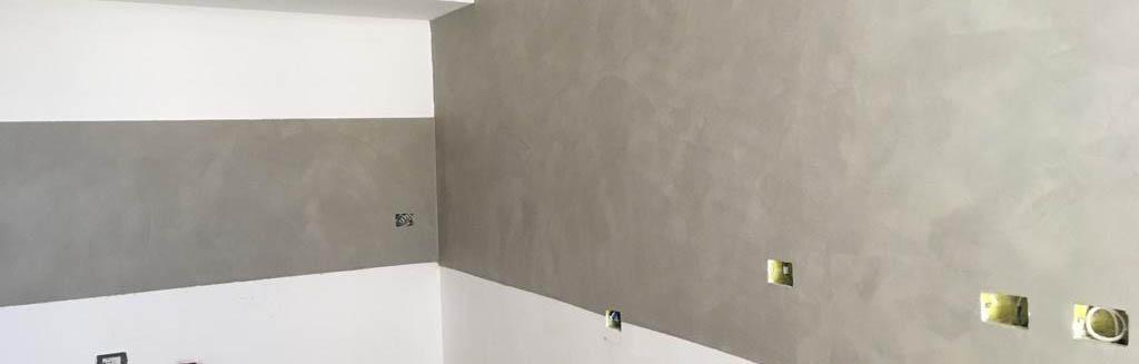 Cucina con pareti in resina – spatolato
