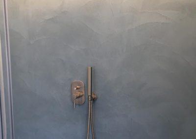 parete doccia resina spatolato
