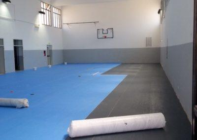 Pavimento In Gomma Per Palestra : Realizzazione di un pavimento in gomma per palestra scolastica