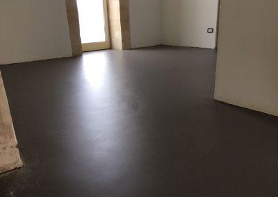 pavimento resina soggiorno