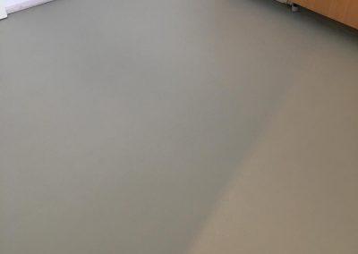 pavimento resina spatolato bordi
